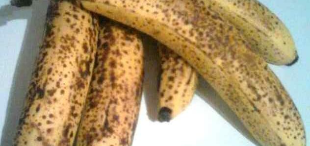 Un bel casco di banane mature!