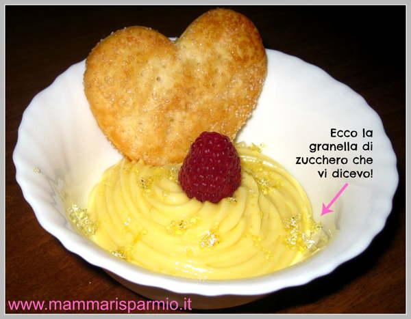 Crema pasticcera al cucchiaio e lamponi