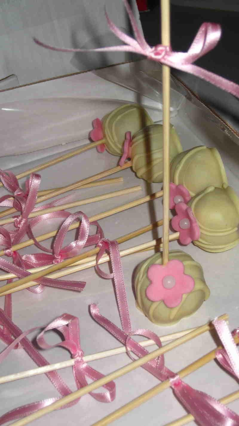 poc cakes decorati rosa e bianchi