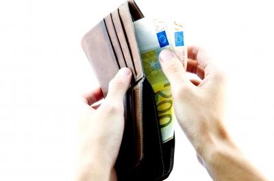 soldi dentro portafoglio