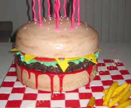 torta a forma di panino hamburger