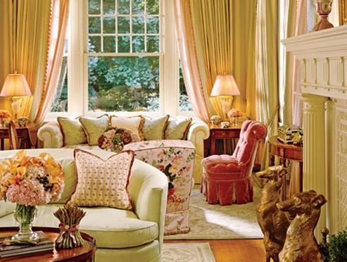 Idee per arredare casa con mobili antichi e moderni for Idee per arredare salotto
