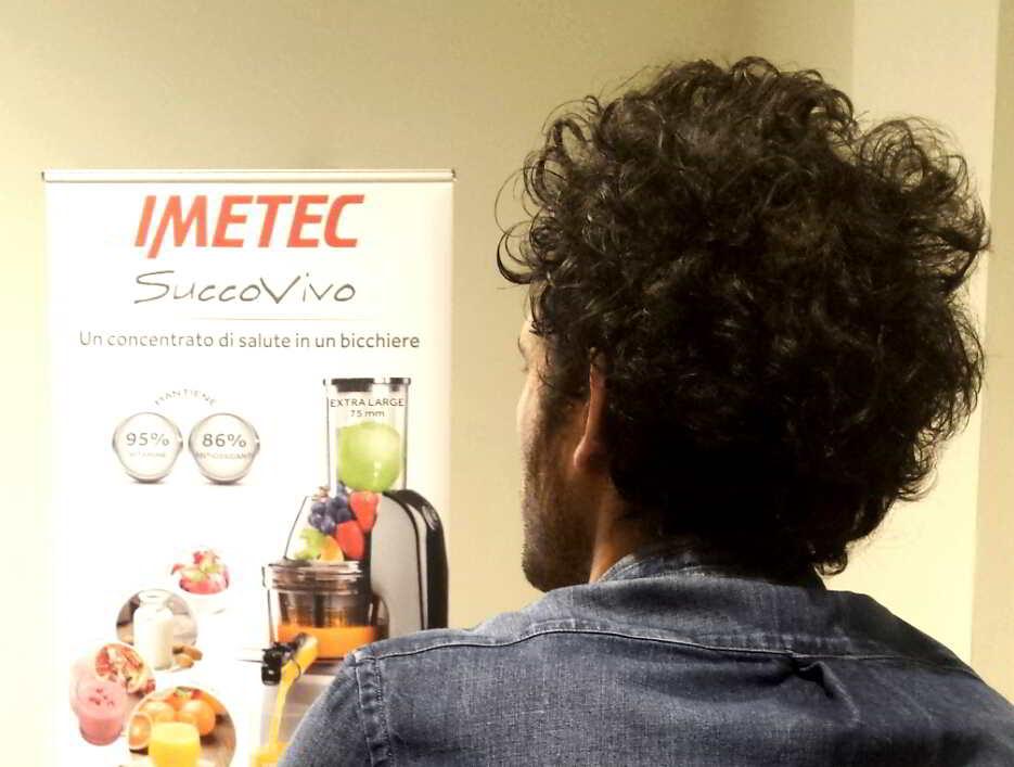 Estrattore succo vivo imetec recensione e ricette di for Imetec estrattore