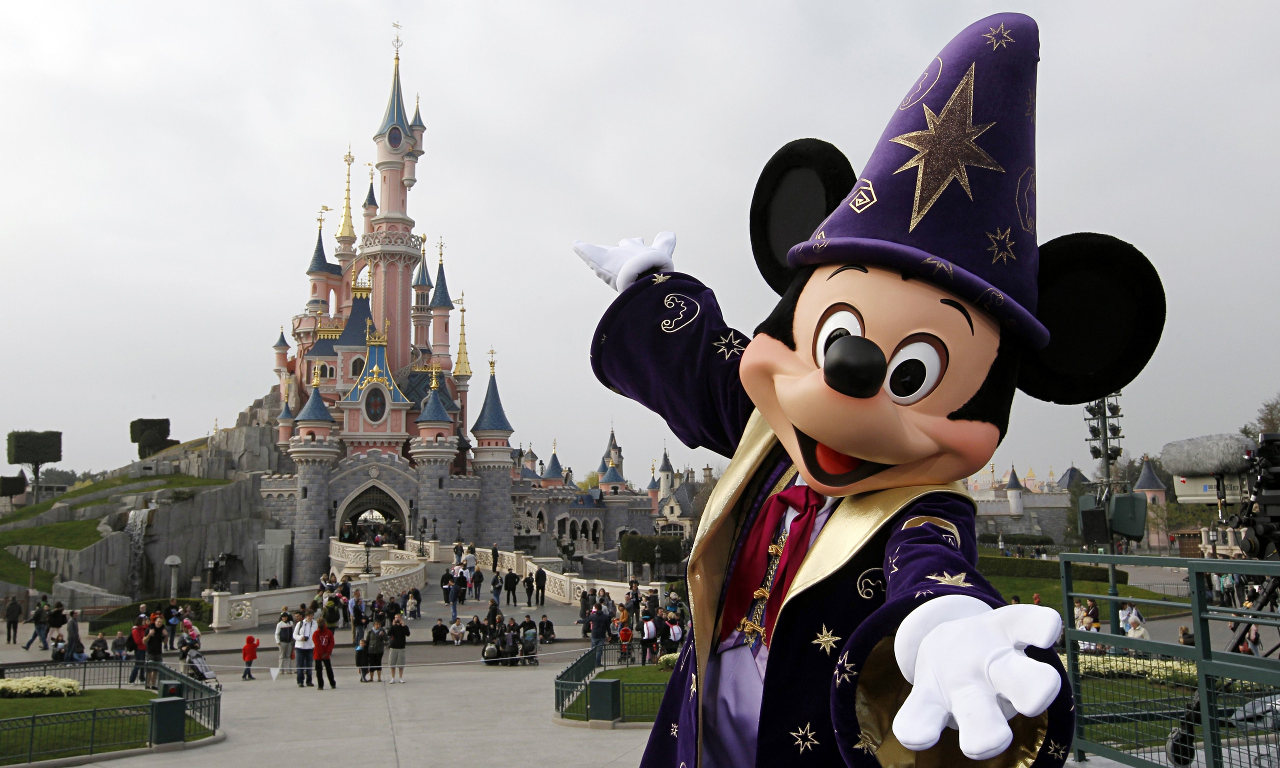 Awesome Soggiorno Eurodisney Offerte Gallery - Amazing Design Ideas ...