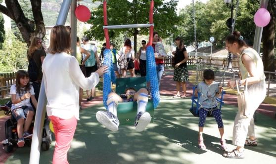 parco-giochi-bambini-disabili